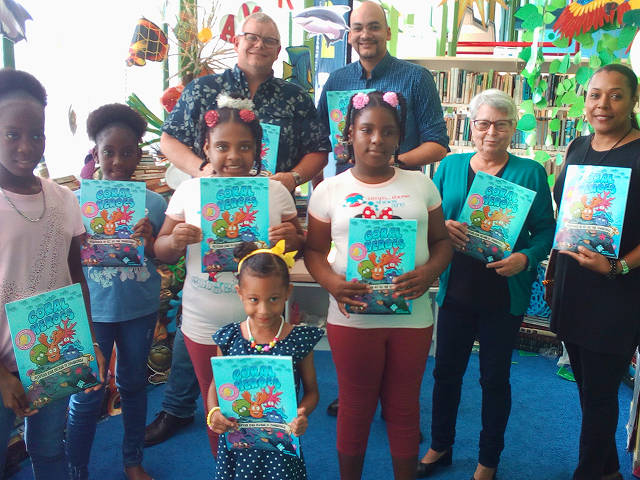 Coral Heroes launch on Curacao with our partners at Carmabi (Carmabi Education)